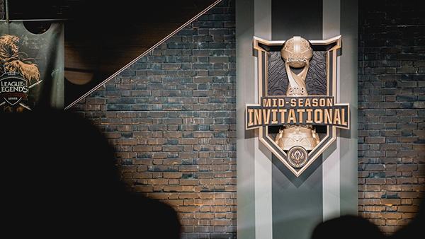 CHÍNH THỨC: Mid Season Invitational 2020 tạm hoãn do sự bùng phát dịch bệnh COVID-19